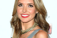 Audrina-patridge-makeup-fail-side